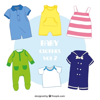 Różnorodność słodkie ubrania dla dzieci