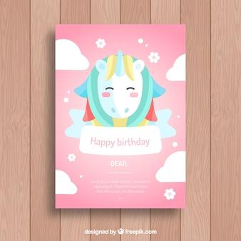 Różowe zaproszenie urodzinowe z ładnym jednorożcem
