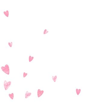 Różowy brokat konfetti serca na na białym tle. opadające cekiny z błyszczącymi błyskami. zaprojektuj z różowymi brokatowymi sercami na kartkę z życzeniami, wesele i zapisz zaproszenie na randkę.