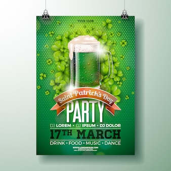 Saint patrick's day party flyer design z zielonym piwem