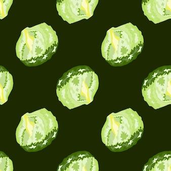 Sałatka lodowa wzór na ciemnym tle. nowoczesna ozdoba z sałatą. ukośny szablon roślinny do tkaniny. projekt ilustracji wektorowych.