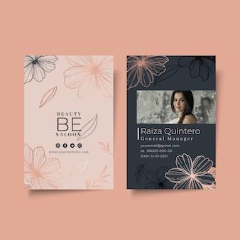 Salon piękności kwiatowy szablon karty identyfikacyjnej