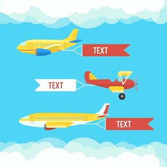 Samolot, samoloty, dwupłatowiec. zestaw kolorowych płaskich samolotów z chmurą.