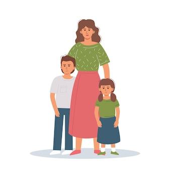 Samotna matka z dziećmi stoi w objęciach. pojęcie miłości i wsparcia w rodzinie.