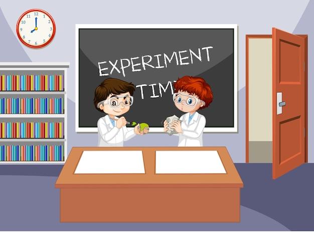 Scena w klasie z uczniami w fartuchach laboratoryjnych