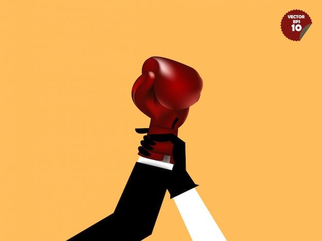 Sędzia bokserski podnieść rękę biznesmena z rękawicą bokserską