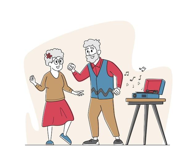Senior para tańczy w czasie wolnym