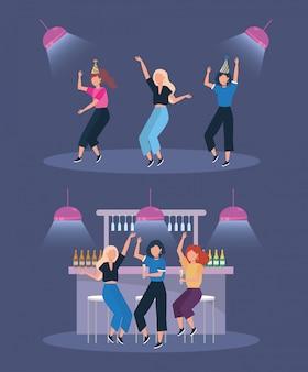 Set kobiety tanczy z szampańskimi butelkami i światłami