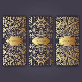 Set luksusowe ulotki strony ustawiać z mandala ornamentują ilustracyjnego pojęcie