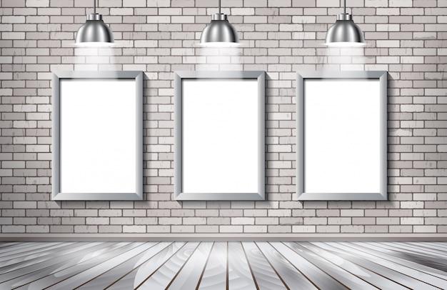 Showroom z białej cegły z reflektorami.