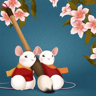 Śliczna biała mysz trzymająca pędzel na niebieskim tle