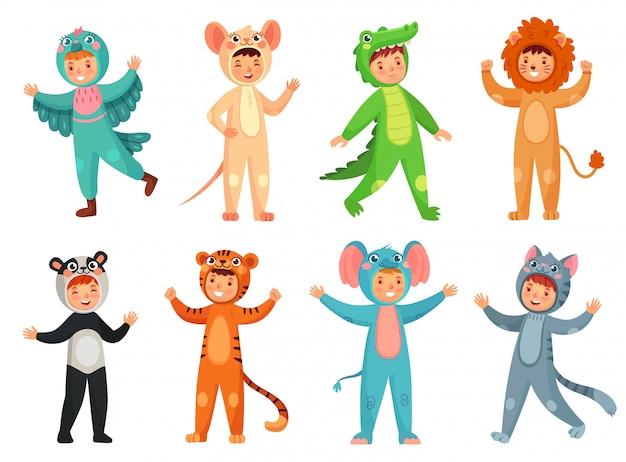 Śliczna dziewczyna w panda kostiumu, chłopiec w słonia kostiumu i dzieciaki bawimy się maskotki ilustraci wektorowego set