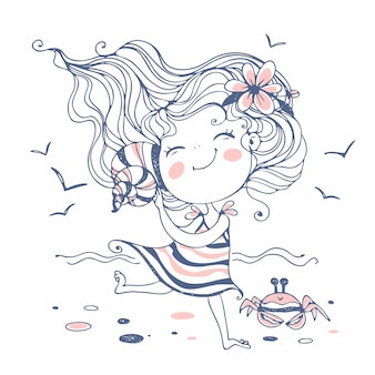 Śliczna mała dziewczynka słucha seashell na plaży.