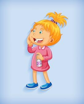 Śliczna mała dziewczynka uśmiecha się w pozycji stojącej postać z kreskówki na białym tle na niebieskim tle