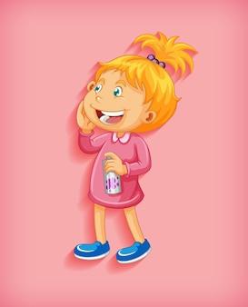 Śliczna mała dziewczynka uśmiecha się w pozycji stojącej postać z kreskówki na białym tle na różowym tle
