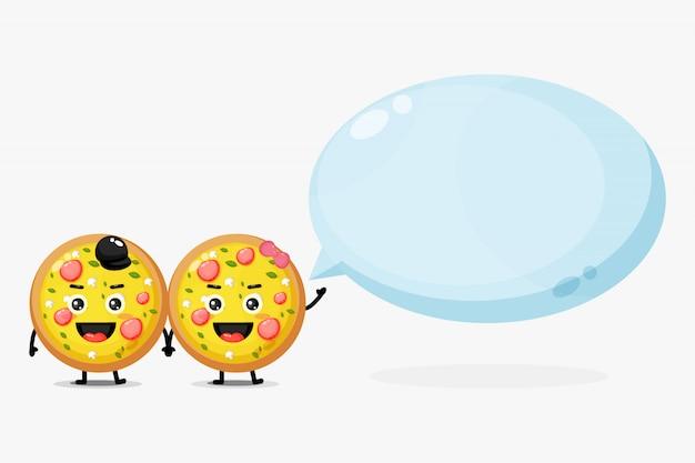 Śliczna maskotki pizza z bąbel mową