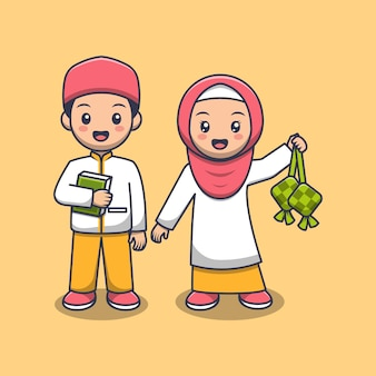 Śliczna muzułmańska para trzyma koran i ketupat