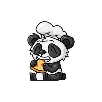 Śliczna panda ubrana w kapelusz szefa kuchni jedząca pizzę
