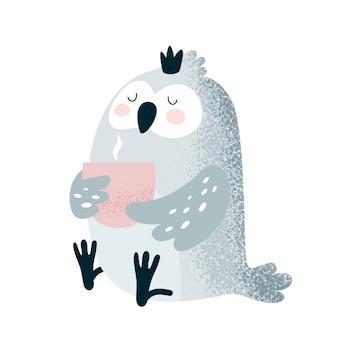 Śliczna śmieszna sowa z filiżanką kawy