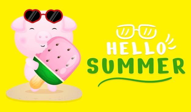 Śliczna świnka trzymająca lody z letnim powitaniem