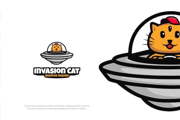Śliczne logo alien ufo kot maskotka zwierząt ilustracja wektorowa