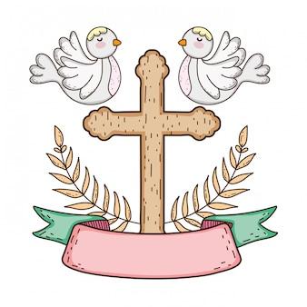 Śliczni gołąbka ptaki z krzyżem
