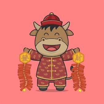 Śliczny chiński nowy rok wół trzyma petardy