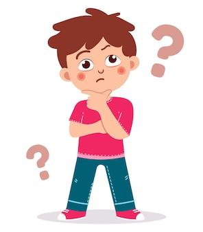 Śliczny chłopiec pokazuje zdezorientowany wyraz twarzy ze znakiem zapytania