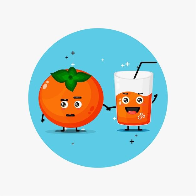 Słodka maskotka sok persimmon i persimmon trzymając się za ręce
