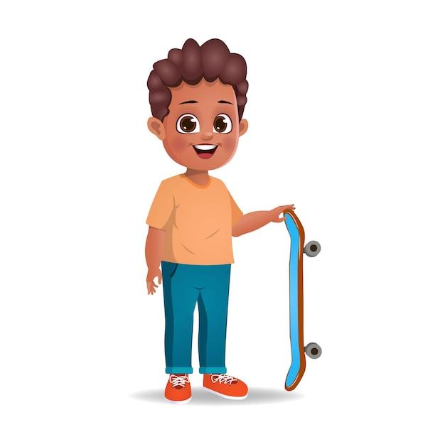 Słodki chłopiec bawi się na deskorolce