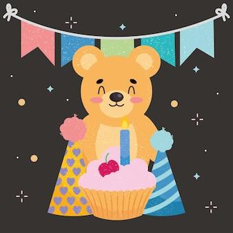 Słodki miś i dekoracje urodzinowe
