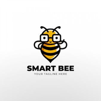 Słodkie maniakiem inteligentne pszczoły nosić okulary maskotka logo.