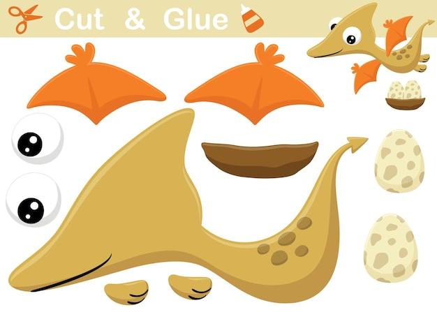 Słodkie pterozaury kreskówka z jajkiem. papierowa gra edukacyjna dla dzieci. wycięcie i klejenie