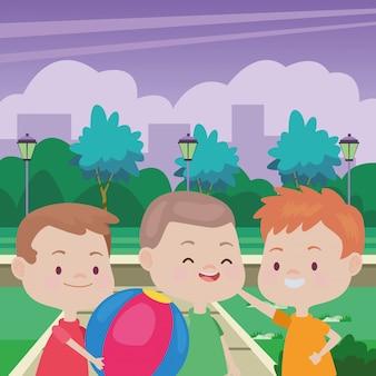 Słodkie szczęśliwe dzieci zabawy