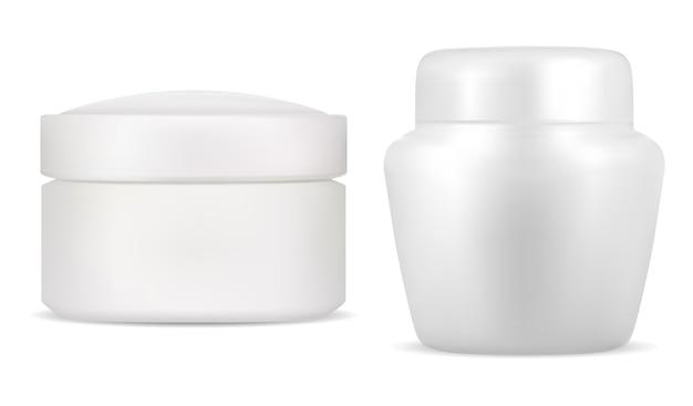 Słoik do kremu w białym opakowaniu kosmetycznym