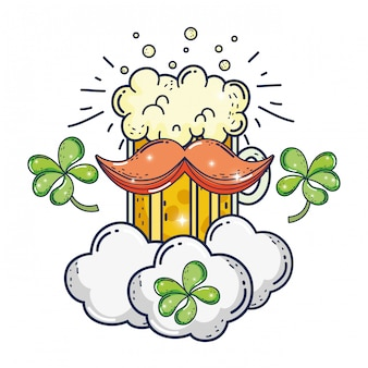 Słoik piwo i koniczyny dzień świętego patryka
