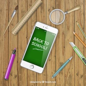Smartphone z powrotem do szkoły na ekranie