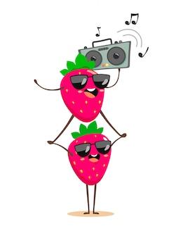 Śmieszne truskawki jedna na drugiej z magnetofonem tańczącym i słuchającym muzyki. postaci z kreskówek w stylu kawaii na letniej imprezie.