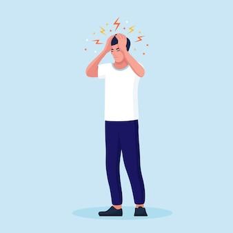 Smutny mężczyzna z silnym bólem głowy, zmęczona i wyczerpana osoba trzymająca głowę w dłoniach. migrena, chroniczne zmęczenie i napięcie nerwowe, depresja, stres lub objawy grypy