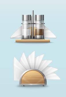Solniczka i pieprzniczka z papierowymi serwetkami