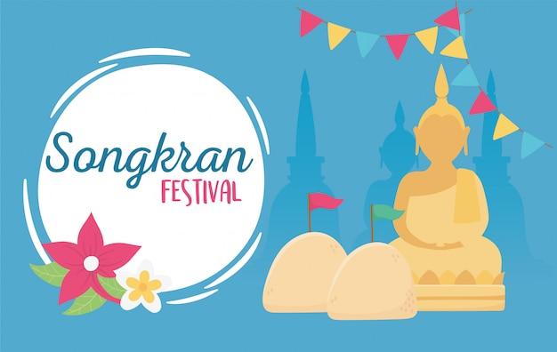 Songkran festiwalu kultury thailand buddha chorągiewki świątynni kwiaty