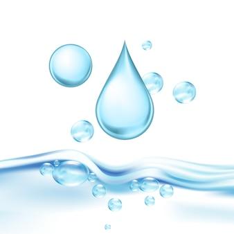 Spadające krople wody mineralnej i pęcherzyki powietrza