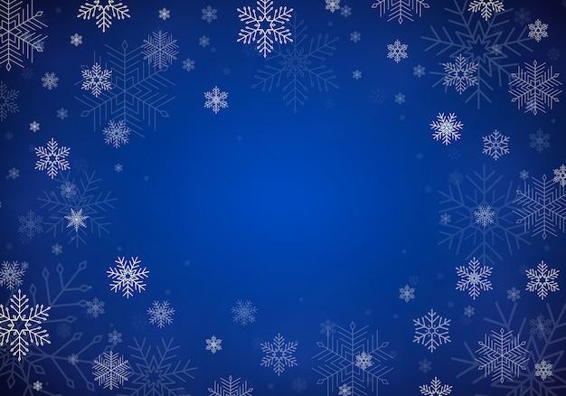 Spadający śnieg. realistyczne spadające płatki śniegu na przezroczystym tle. obfite opady śniegu w różnych kształtach i formach. miejsce na twój tekst
