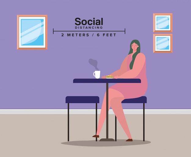Społeczne dystansowanie kobiety na stole z kubkiem kawy