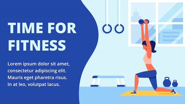 Sportowiec w odzieży sportowej zaangażowany w salę fitness