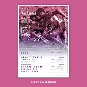 Sportowy plakat szablon z ludźmi biegającymi