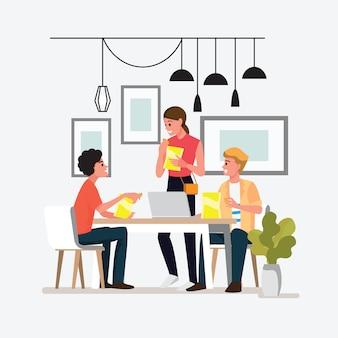 Spotkanie grupowe osób wykonujących projekt. nastolatki jedzą przekąski podczas pracy. postać z kreskówki.