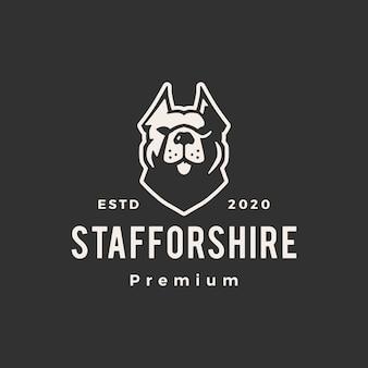 Staffordshire terrier pies hipster vintage logo ikona ilustracja