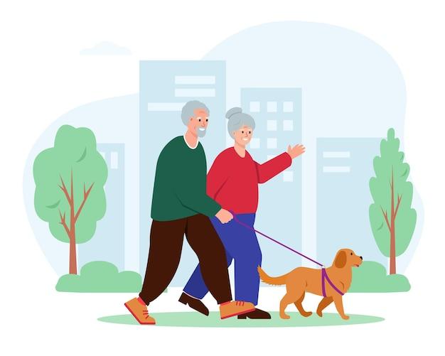 Starsza para spacerująca z psem w mieście starsi ludzie aktywny wypoczynek lub koncepcja zdrowego stylu życia