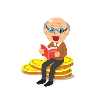 Starszy mężczyzna czytanie książki i siedzi na stosie dużych monet pieniędzy